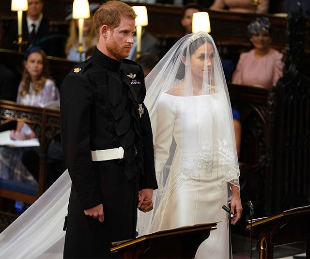 Your first look at Meghan Markle's fkn GORGEOUS wedding dress