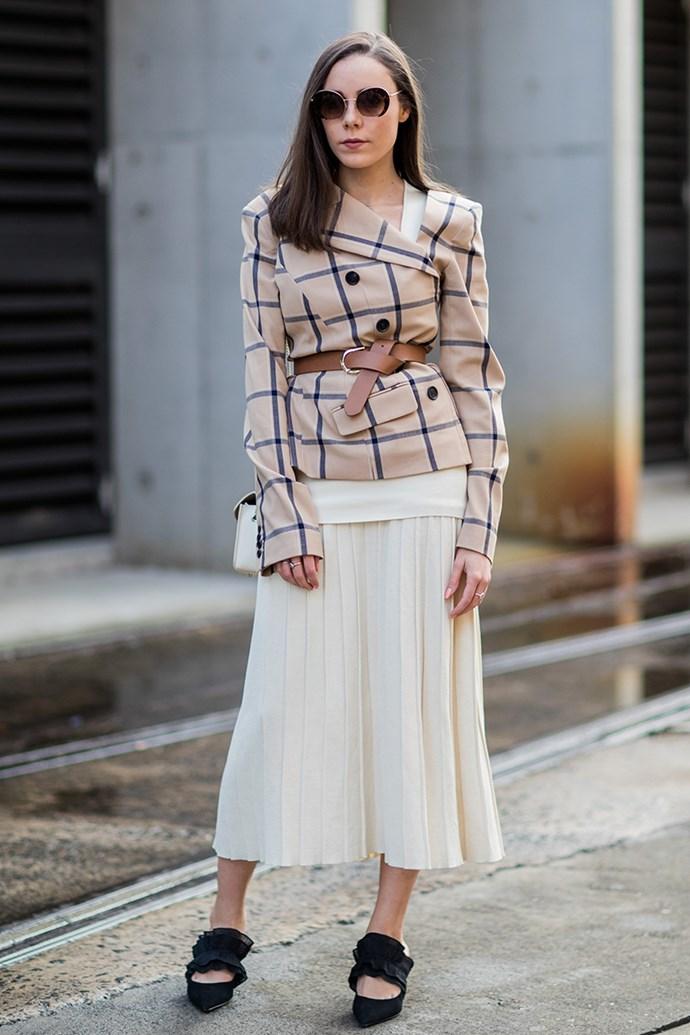 5. Tie a statement belt around your waist