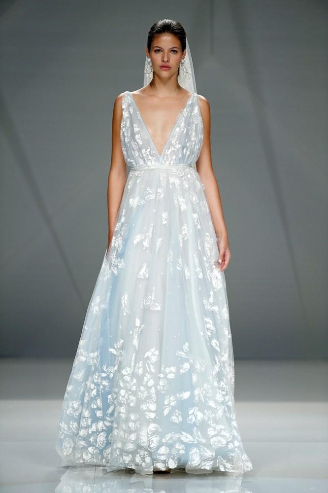 Naeem Khan Barcelona Bridal Fashion Week '17.