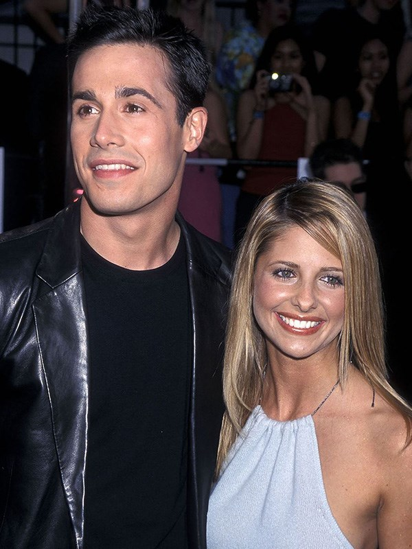 """**Freddie Prinze Jr. and Sarah Michelle Gellar's Hurricane**  Your favorite teen heartthrob couple got married in 2002, but it wasn't all sunshine and rainbows. Hurricane Herman decided to [crash the wedding](https://people.com/archive/cover-story-viva-el-amor-vol-58-no-14/