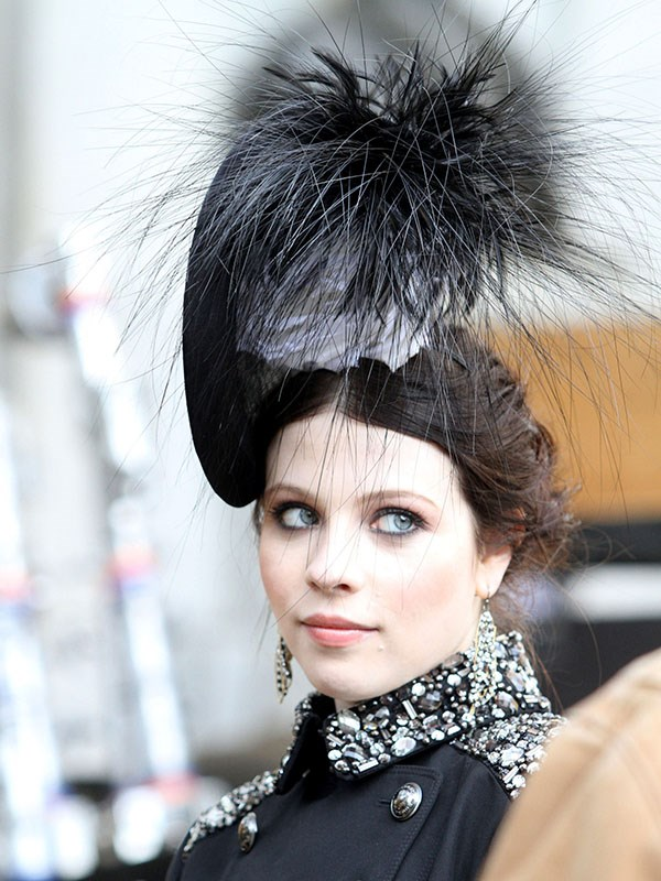 By the looks of things, Georgina Sparks raided Beatrice and Eugenie's closet and snatched the first thing that spiked her.