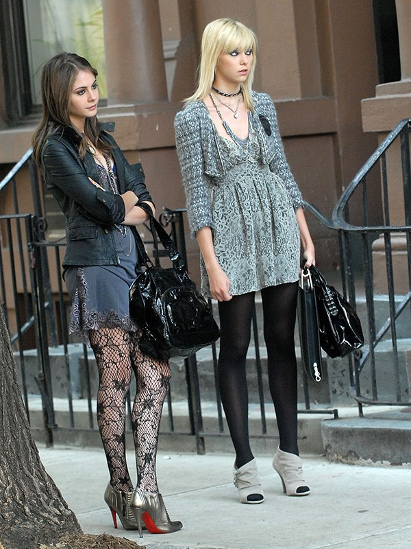 This was the beginning of Jenny Humphrey's stylistic departure from naïve young teenager to PEAK 2000's grunge-chic. Also, major props to the Louboutin/fishnet stocking combo on the left — that takes courage.