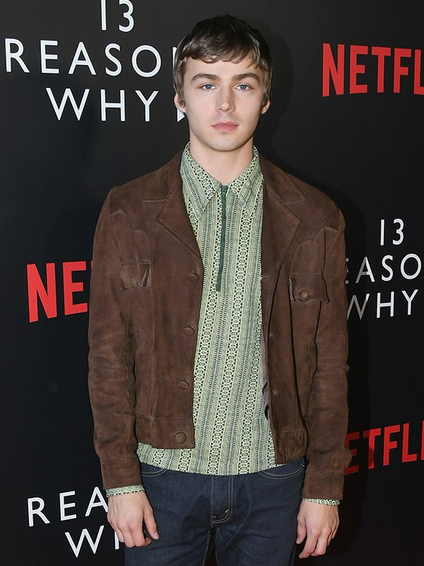 """**Miles Heizer** <br><br> Despite fans [shipping the hell](https://www.cosmopolitan.com.au/celebrity/justin-alex-from-13-reasons-why-kiss-short-film-22121