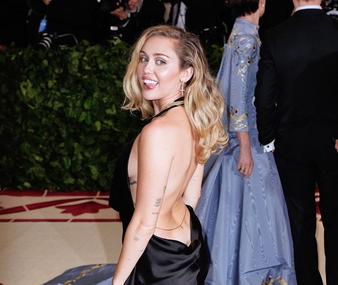 Miley Cyrus just deleted all of her Instagram posts