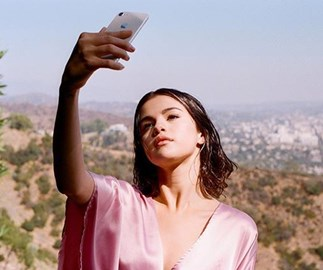 Selena Gomez's blurry AF photo just beat Beyoncé for most-liked Instagram