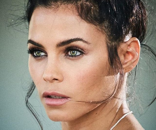 Jenna Dewan just got butt naked and WOAH