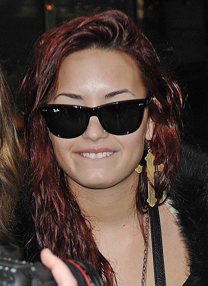 **2014: Wayfarer Sunglasses** <br><br> Image: Demi Lovato