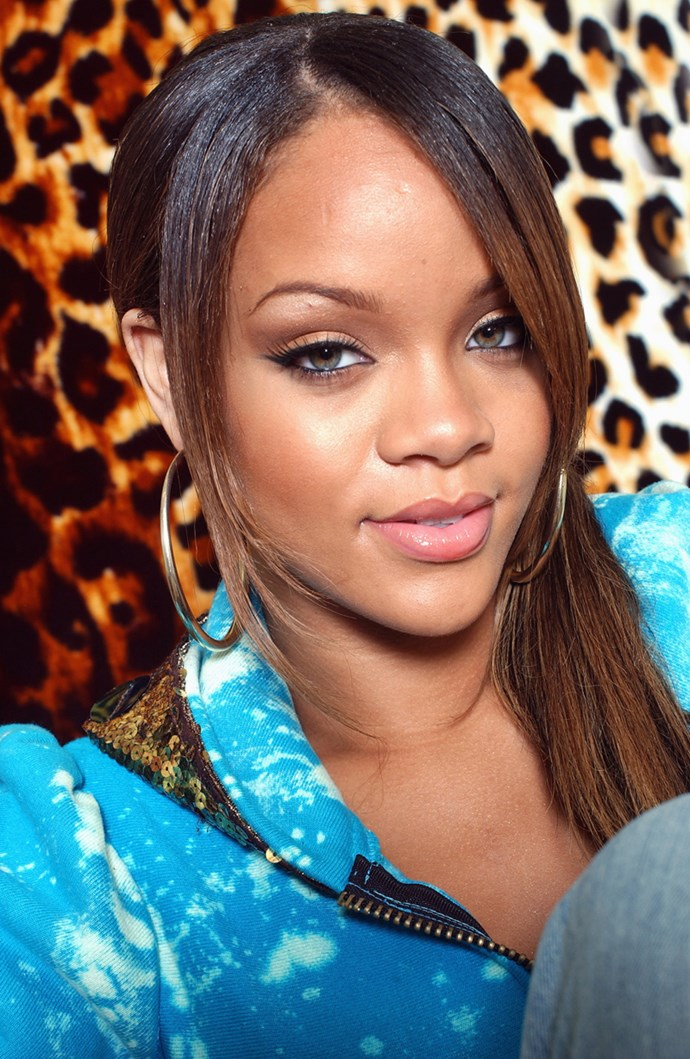 Aaaand, for good measure, here's RiRi rockin' the same trend back in the day.