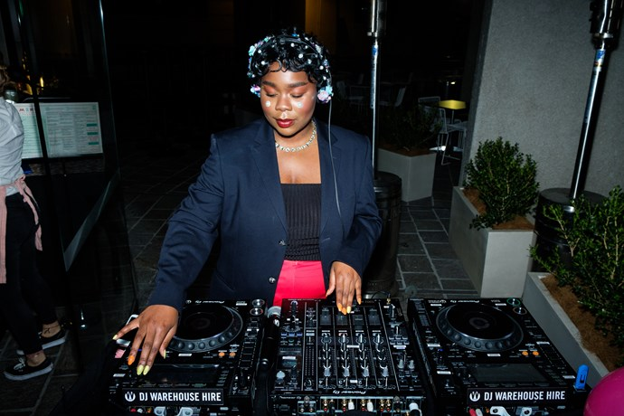 Flex Mami takes to the decks