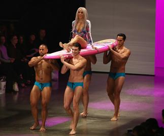 Imogen Anthony slayed New Zealand Fashion Week on a SURFBOARD!