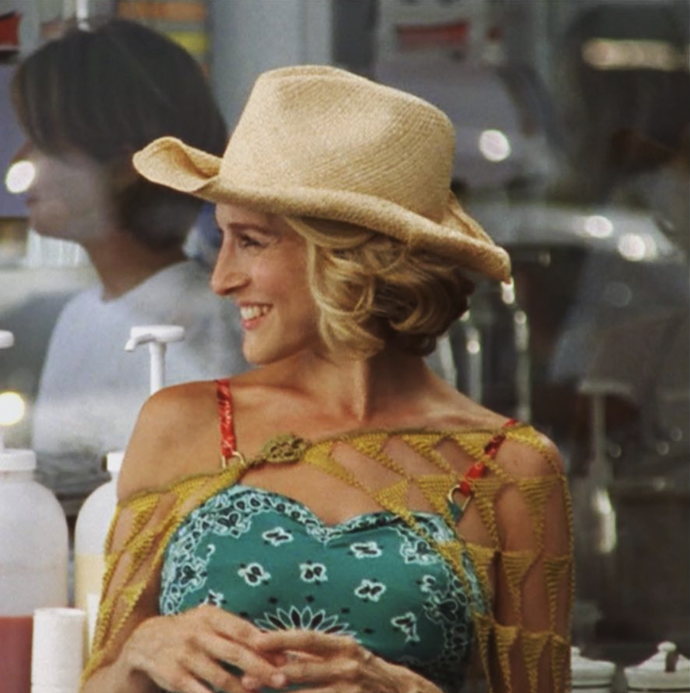 The ultimate style kween Carrie Bradshaw in her cowboy hat.