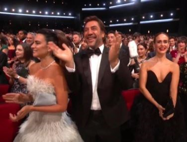 Penelope Cruz, Javier Bardem and Sarah Paulson flipping out.