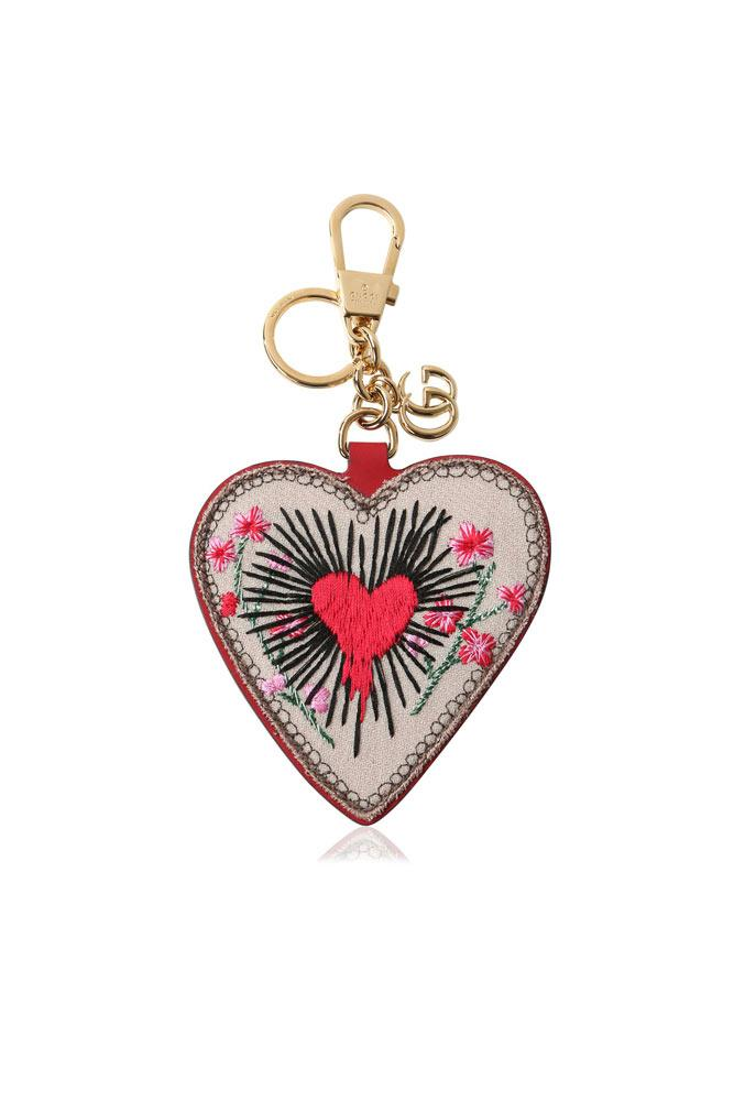 Show mum she always has your heart with this Gucci keyring.  *Keychain, $440, [Gucci](https://www.gucci.com/au/en_au/pr/gifts/gifts-for-her/womens-small-leathergooods/heart-keychain-p-453179G8SWG8470)*