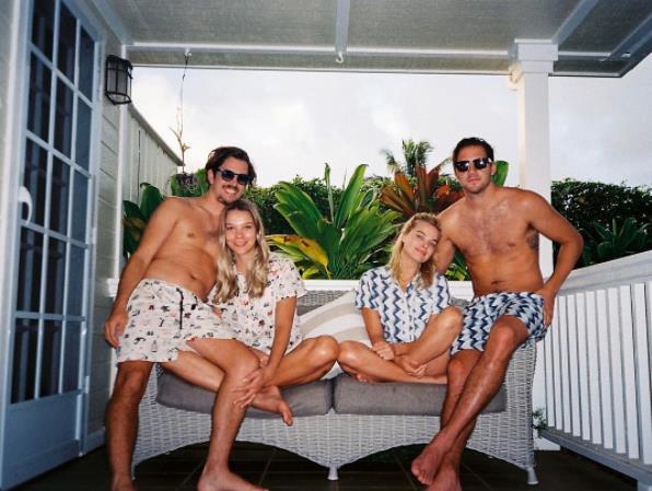 Zig-zag pyjama matching.