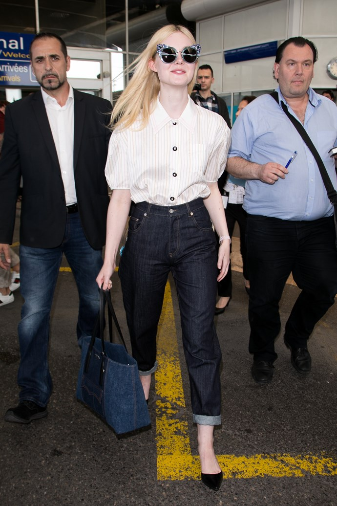 A lesson in how to do airport chic, right here.
