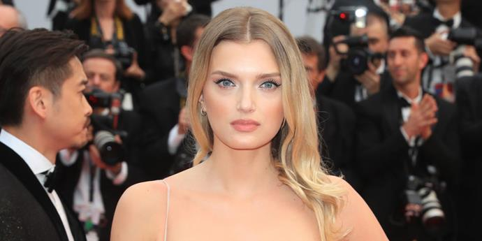 Forgoing a voluminous blow-dry, Lily Donaldson kept her hair lightly tousled and centre-parted.    *Getty Images*