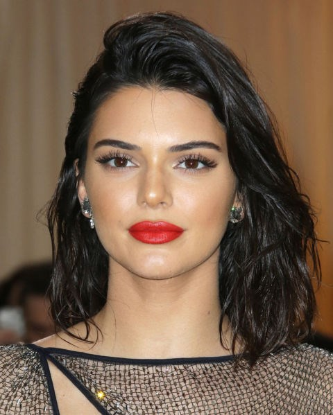 **NO.8 KENDALL JENNER**  Working uniform width straight brows with only a slight arch, Kendall Jenner's fashion brows have gained popularity.