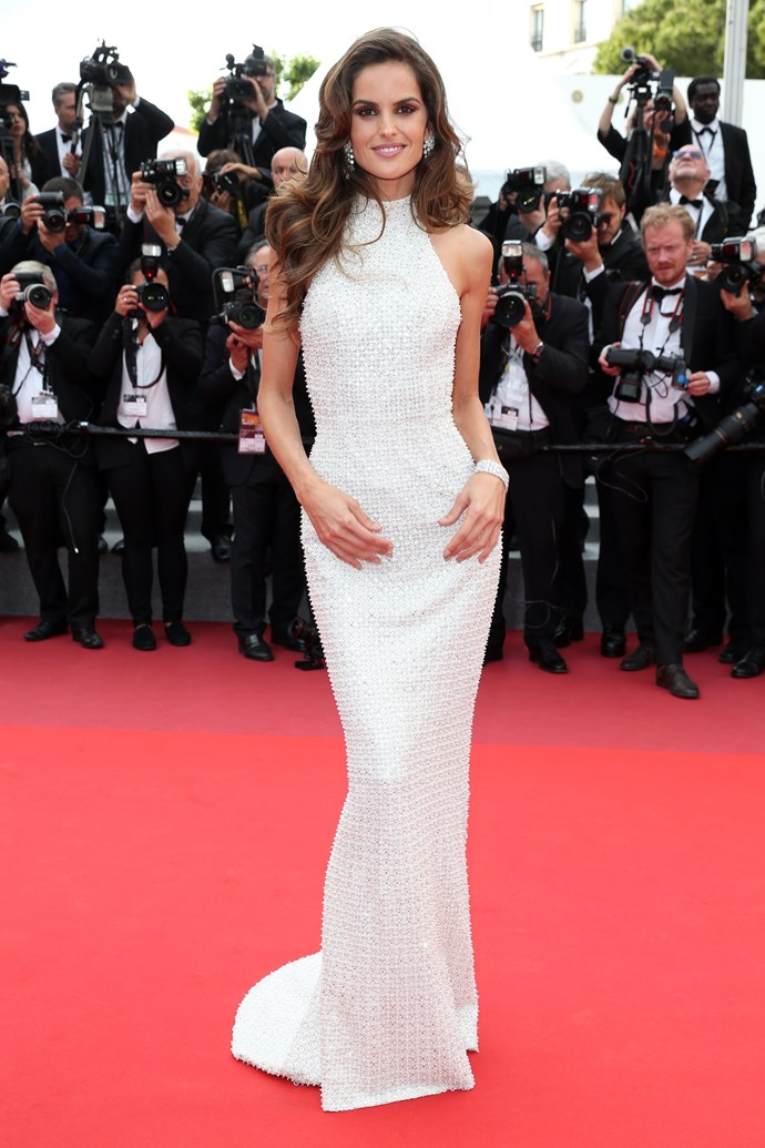 Izabel Goulart in Ralph & Russo Couture
