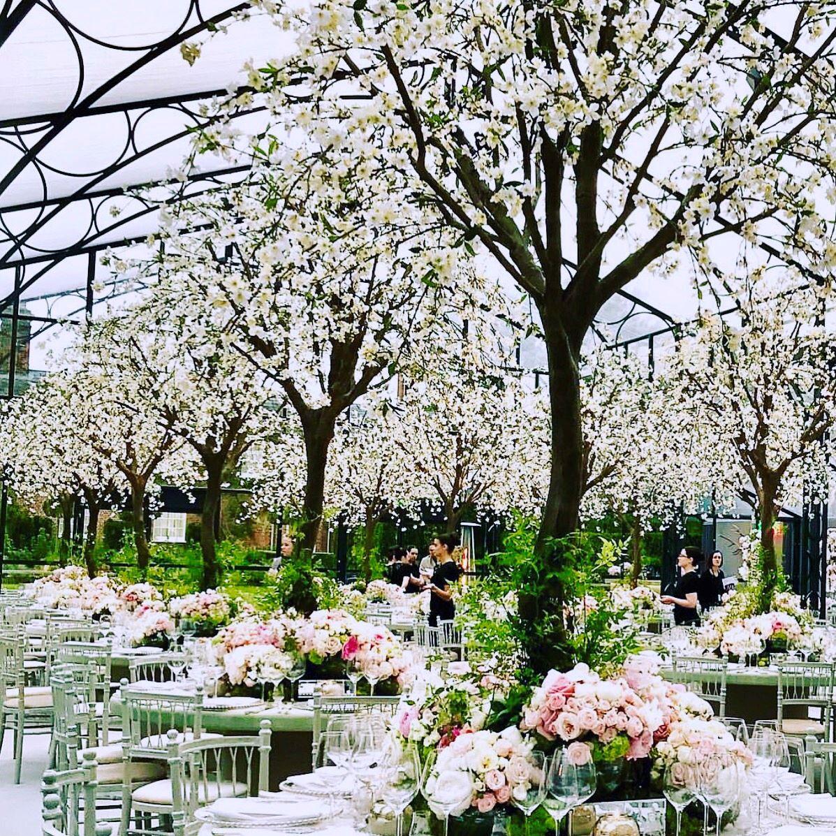 Inside Pippa Middleton's Floral Wedding Reception | ELLE - photo#1