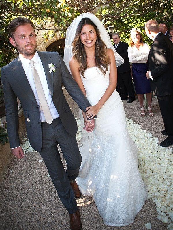 **Lily Aldridge** <br><br> Married: Caleb Followill <br><br> Wearing: Vera Wang