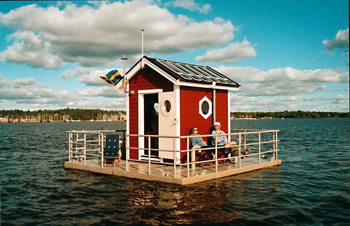 This floating inn located in Sweden.
