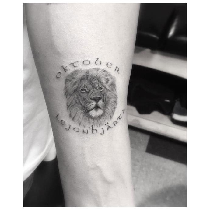 **Drake** <br><br> *Image: [@_dr_woo_](https://www.instagram.com/p/_nCGsVvgCA/)*