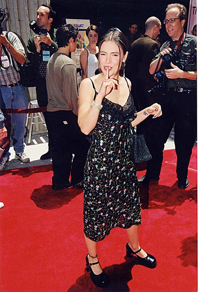 **Mary Janes** <br><br> Alyssa Milano, 1999.