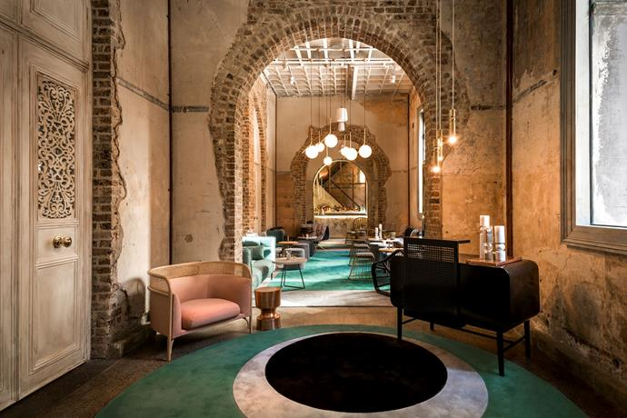**For Friday night drinks… Beta Bar** <br> <br> Located in the heart of the city is Beta Bar, a very stylish, and Instagram-worthy spot that is guaranteed to encourage you girls to head out for Friday night drinks.