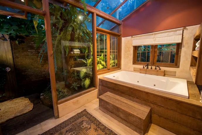 **[Villa Aalaya, Ubud](https://www.airbnb.com.au/rooms/611590?s=UaLf48j3), Bali**