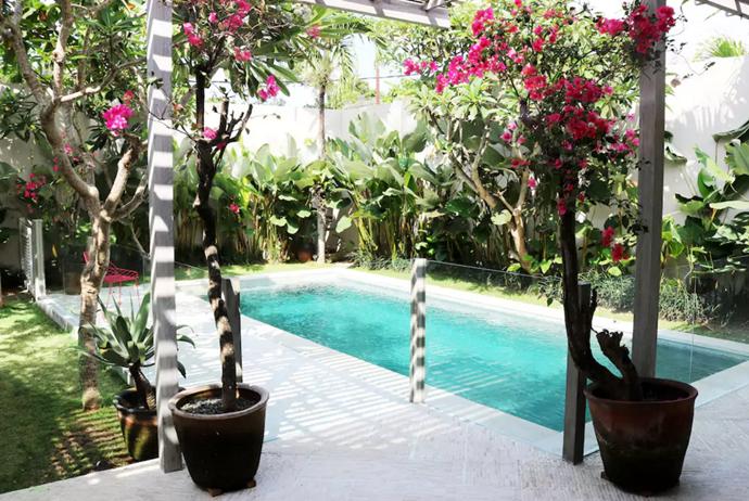 **[Umalas Villa](https://www.airbnb.com.au/rooms/564938), Bali **