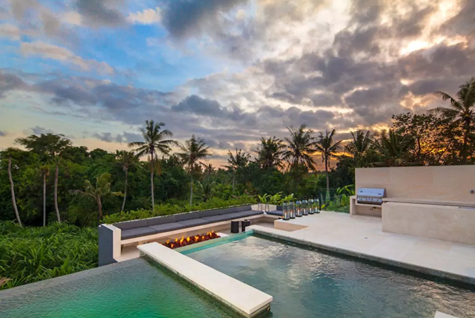 **[The Palm House](https://www.airbnb.com.au/rooms/15088699?guests=2&adults=1&children=1&location=Bali%2C%20Indonesia&s=GDePtvI7), Bali**