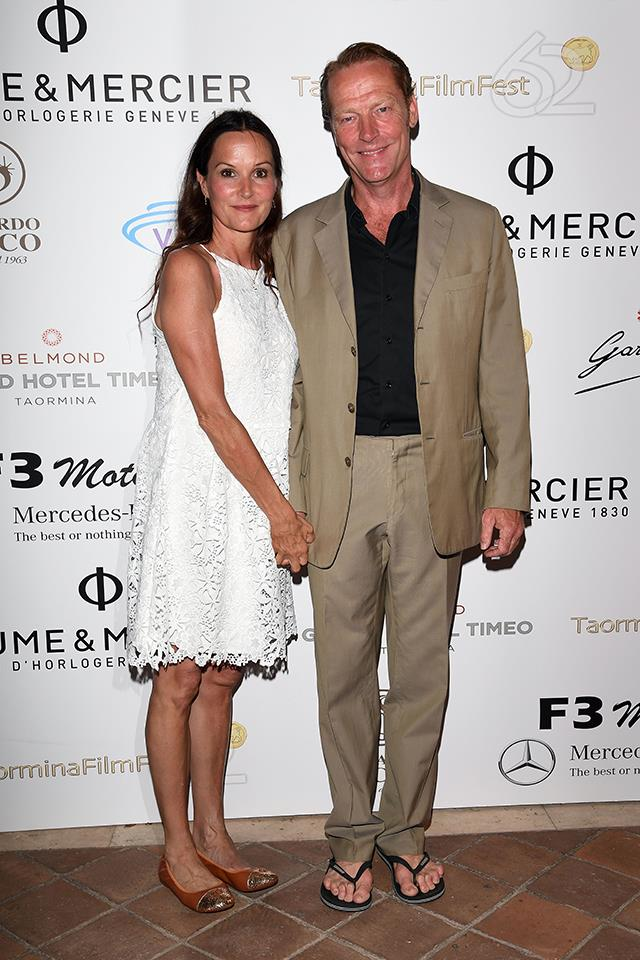 Iain Glen (Ser Jorah Mormont) lives with his partner, actress Charlotte Emmerson, in London. The couple has two young daughters. Iain also has a 21-year-old son with his first wife, Susannah Harker.