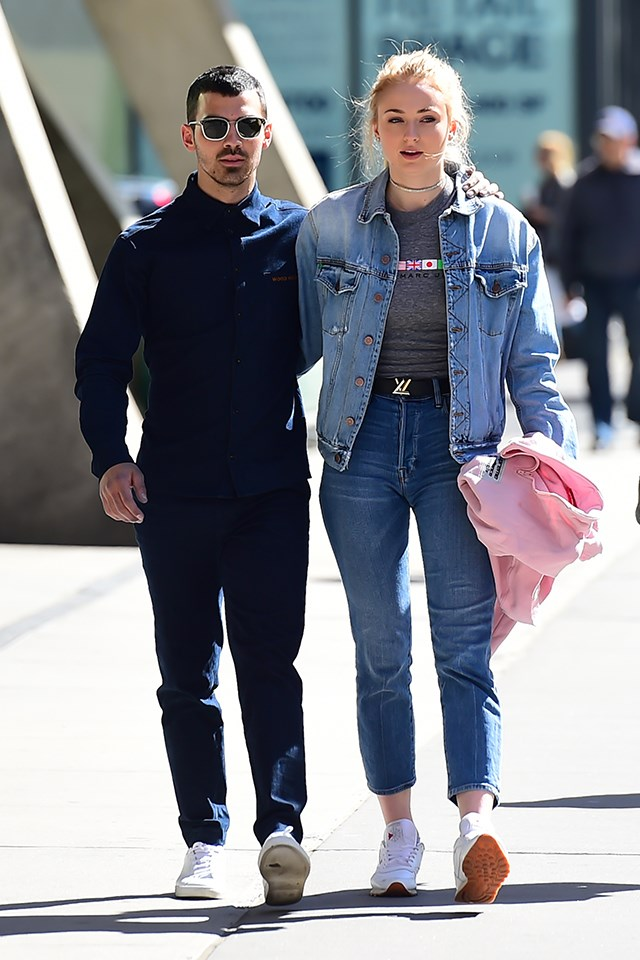 Sophie Turner (Sansa Stark) is engaged to Joe Jonas. They were first linked together in November 2016, and announced their engagement in October 2017.