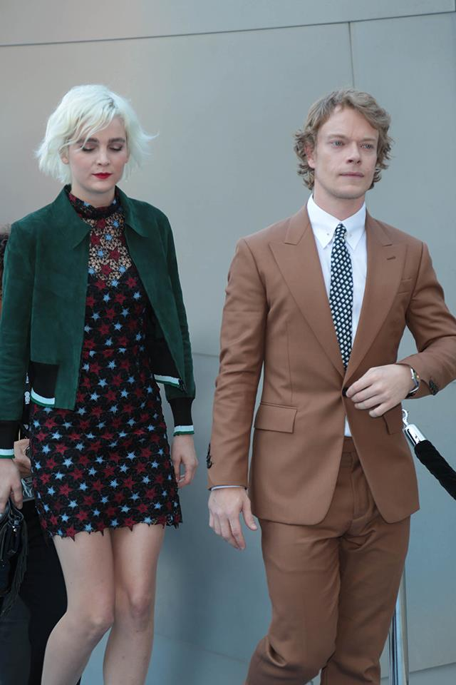 "Alfie Allen (Theon Greyjoy) is dating Allie Teilz, an American DJ, model, musician and designer. The couple [welcomed a daughter](https://www.elle.com.au/culture/celebrities-you-didnt-know-had-kids-19814|target=""_blank"") together in October 2018 named Arrow Allen."