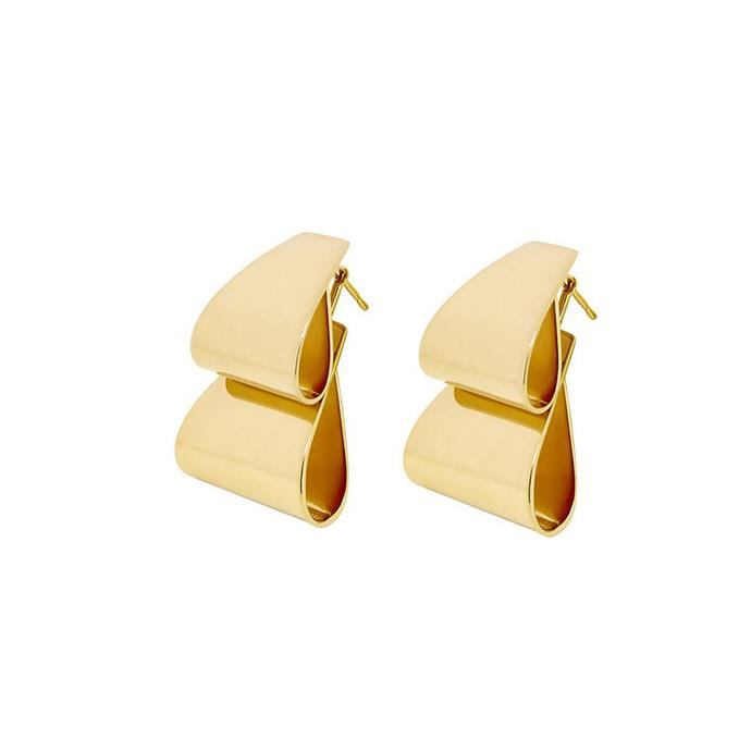 It's all about the detail with these stunning looped earrings. Earrings, $620, [Holly Ryan](http://rstyle.me/n/cse7y2vs36) at The Undone