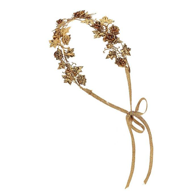 Add an ethereal edge to your ensemble with this delicate floral headpiece.  Headpiece, $569, [Jennifer Behr](http://rstyle.me/n/cse8havs36) at My Theresa