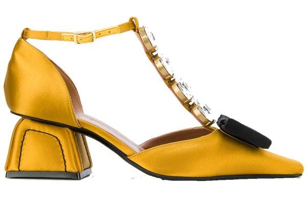 Shoes, $927, Marni at [Farfetch](https://www.farfetch.com/au/shopping/women/marni-sculptural-t-bar-crystal-pumps-item-12282287.aspx?storeid=9111&from=listing&rnkdmnly=1)