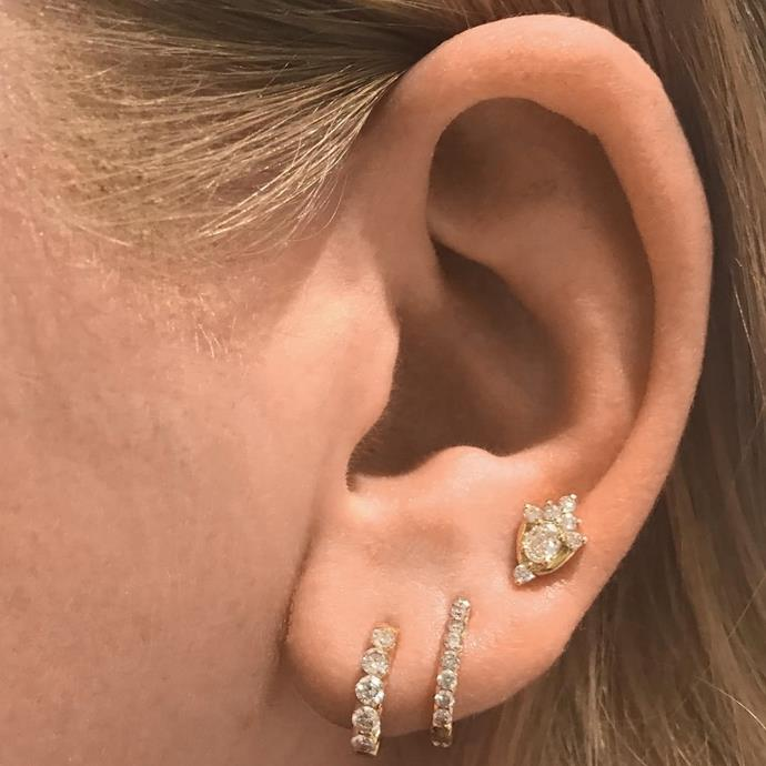 In this arrangement, the third hole sits a little higher, in the upper lobe. <br><br> Image: [@acarment](https://www.instagram.com/p/BZhFC7FHnpN/?taken-by=maria_tash)