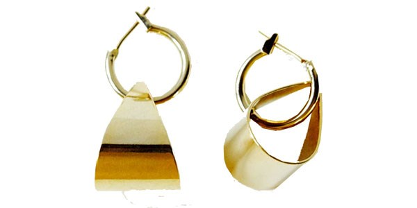 **Reliquia Double Hoop Earring:** Reliquia's convertible hoop earrings can be worn or a pair of statement drop earrings, or detached to form a classic gold hoop, perfect for desk to bar. <br><br> Earrings, $129 at [Reliquia](http://www.reliquiajewellery.com/store/hoop-loop-earrings)