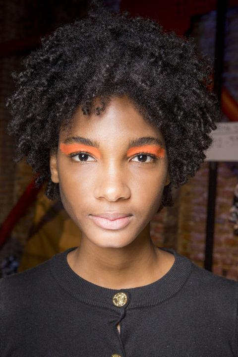 """**SUNSET ORANGE** <br><br> Immediately easier to pull off thanks to the warm tone, make your orange a matte, and go the opposite of green (aka bold and bright paint swatch-style).  <br><br> **Try:** Shu Uemura Pressed Eyeshadow Refill, $28, [Sephora](https://www.sephora.com.au/products/shu-uemura-pressed-eyeshadow-refill/v/pearl-soft-orange
