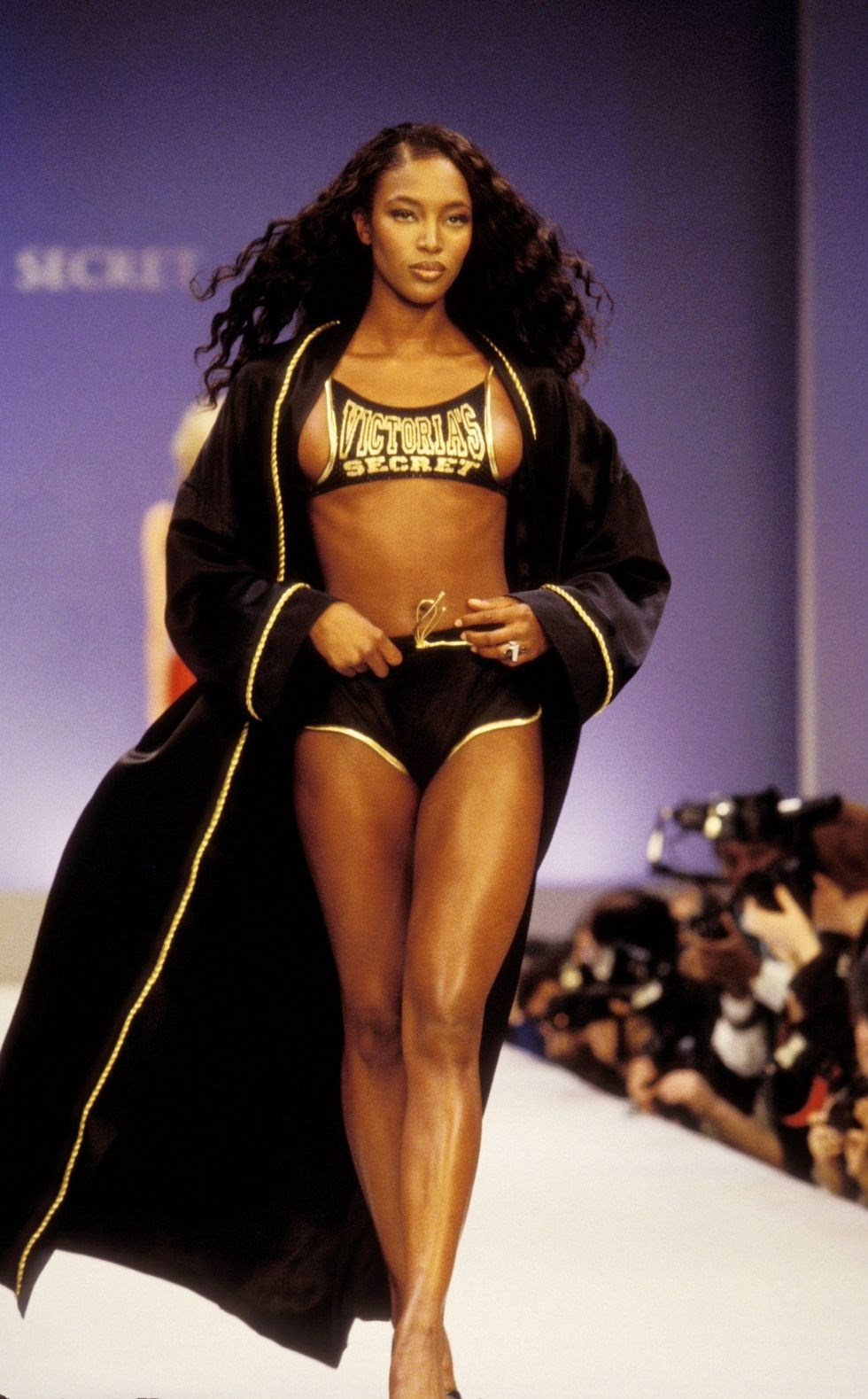 the best victoria u0026 39 s secret runway looks of all time
