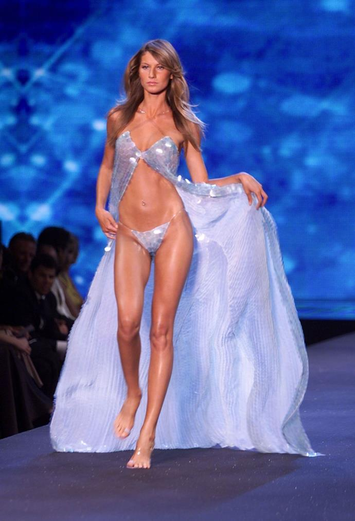 **Gisele Bündchen, 2000** <br><br> For the 2000 show, Victoria's Secret took the production to Cannes.