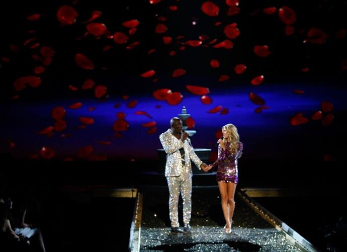 **Seal and Heidi Klum, 2007** <br><br> Heidi actually sang with her husband, and the two wore matching super sparkly numbers during the 2007 performance.