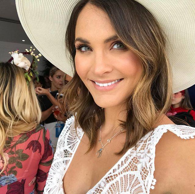 "Laura Byrne from *The Bachelor* 2017.  Image: [@ladyandacat](https://www.instagram.com/p/BbLdJj-gP8F/?taken-by=ladyandacat|target=""_blank"")"