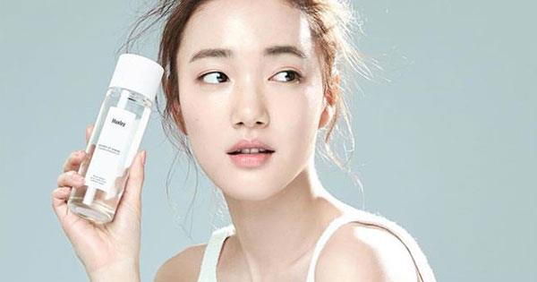 5402cdfb33 K-Beauty: The Korean Anti-Ageing Skincare Guide | ELLE Australia