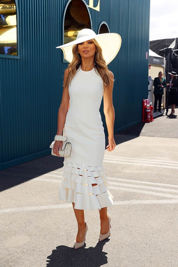 Nadia Bartel poses at the ELLE Marquee on AAMI Victoria Derby Day.