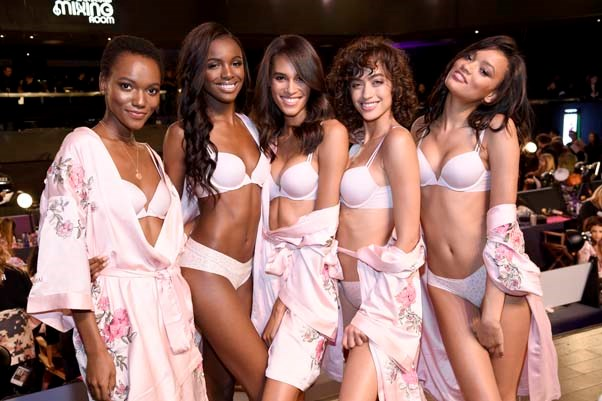 Herieth Paul, Leomie Anderson, Cindy Bruna, Alanna Arrington and Kelly Gale backstage at the 2017 Victoria's Secret Fashion Show.