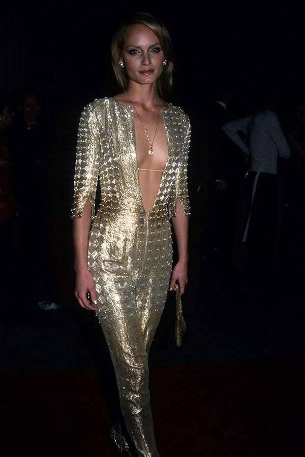 Amber Valletta, 1999