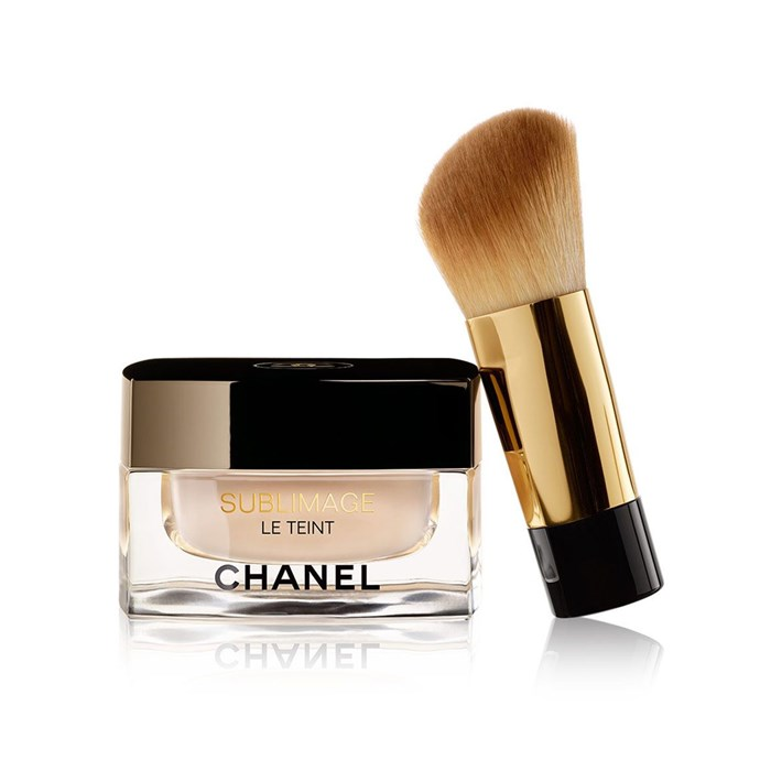 "**Chanel Sublimage Le Teint Ultimate Radiance-Generating Crème, $180 at [David Jones](http://shop.davidjones.com.au/djs/en/davidjones/sublimage-le-teint|target=""_blank"").**    Speaking to *Gritty Pretty*, Markle says her choice of foundation changes depending on the situation. ""On set I use a Chanel foundation that sets into a powder."""