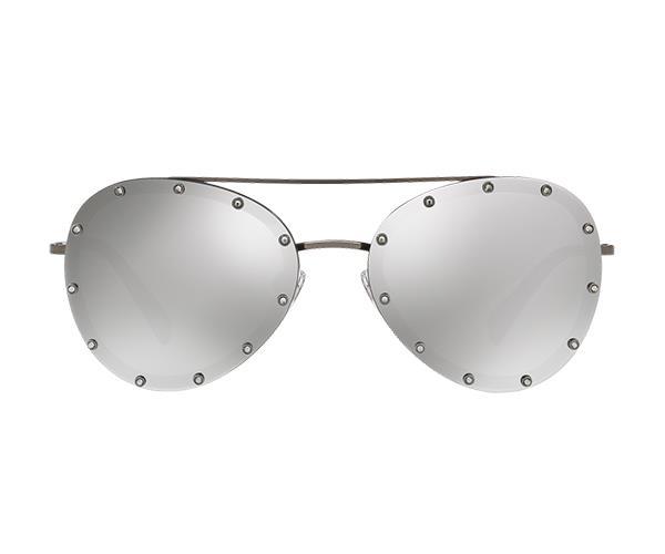 "Valentino sunglasses, $500 at [Sunglass Hut](http://www.sunglasshut.com/au/8053672820515|target=""_blank""|rel=""nofollow"")"